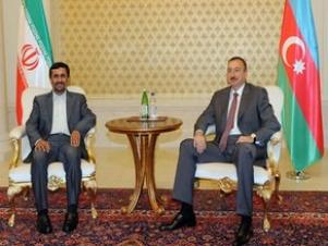 Президент Ирана прибыл в Баку