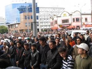 Более 10 тысяч человек высказались в поддержку строительства мечетей в Москве