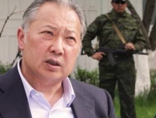 Суд обвиняет экс-президента Киргизии в соучастии в убийстве