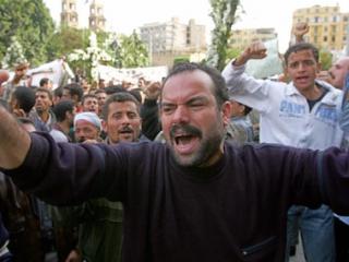 Египетские христиане забросали камнями  администрацию