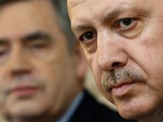 Публикации Ассанжа поднимут рейтинг турецкого премьера на родине — политолог