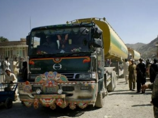 Грузовики с топливом для Афганистана заблокированы в Иране