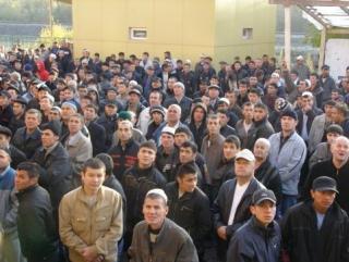 Обращение главы исламской партии к мигрантам в России
