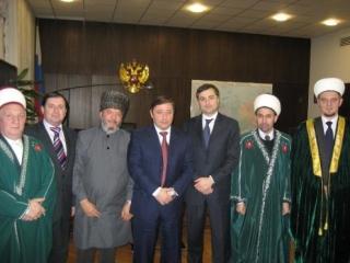Владислав Сурков встретился с мусульманскими деятелями из Российской ассоциации исламского согласия