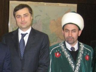 Хузин: Тема последних заявлений Гайнутдина на встрече с Сурковым не обсуждалась