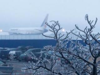 Московские аэропорты парализованы вторые сутки