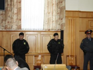 Внедрённый сотрудник милиции на суде перешла на сторону мусульман