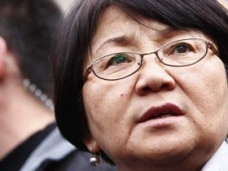 Мусульмане выдвинут Розу Отунбаеву на Нобелевскую премию мира