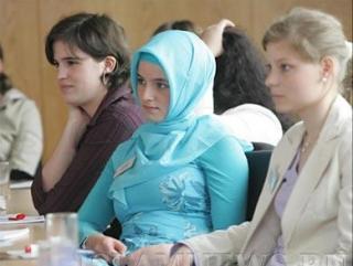 Богобоязненность в России становится чем-то постыдным — омбудсмен