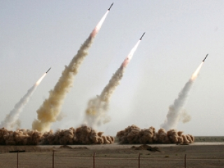 Израиль: У Ирана бомбы нет, но через три года будет