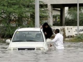 В Мекке трое детей стали жертвами наводнения