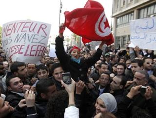 Тунис показал, что арабы готовы свергнуть диктатуру — эксперт