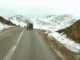 В Аравии снегопад и наводнение