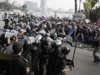 В преддверии пятничных манифестаций в Египте блокирована связь с внешним миром
