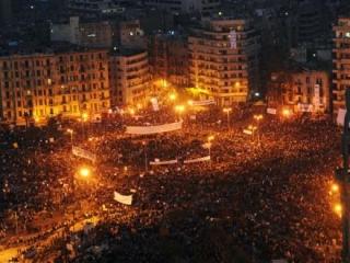 Мубарак отказался уходить в отставку, но не станет участвовать в следующих выборах