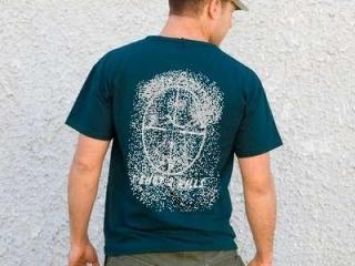За футболку можно и в тюрьму загреметь