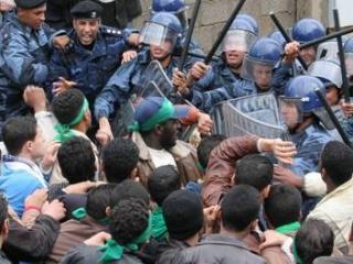 В акции протеста в ливийском городе Бенгази приняли участие 500-600 человек