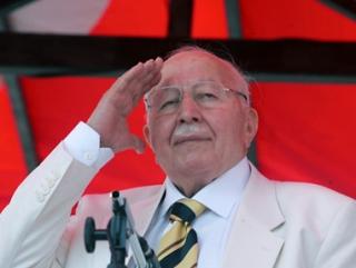 Ушел из жизни основатель политического ислама Турции