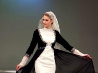 Платье из коллекции сестер Аржиевых