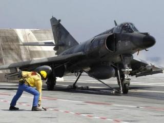 НАТО приняло на себя руководство операцией в Ливии