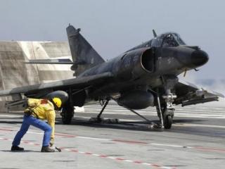 НАТО взяло под контроль небо над Ливией