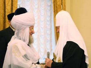"""Миссионер Кураев навел """"мусульманскую"""" тень на руководство РПЦ"""