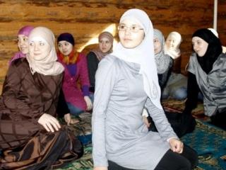 Тюменский женский мусульманский комитет провел викторину