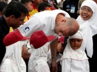 Зинедин Зидан в жизни — обычный мусульманин
