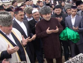 Евкуров: В Ингушетии построят символ веры мусульман