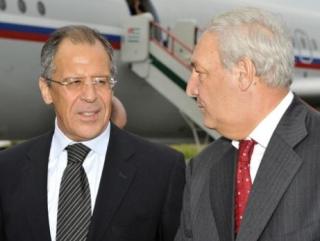 Лавров почтил память жертв грузино-абхазской войны