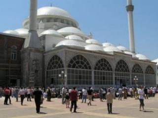 В Дагестане ищут пути к миру и согласию