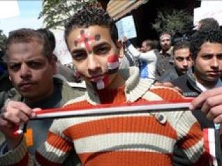 В Египте уничтожают Хосни Мубарака