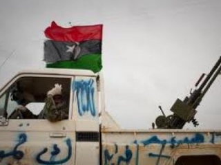 Над Триполи вновь развевается флаг повстанцев