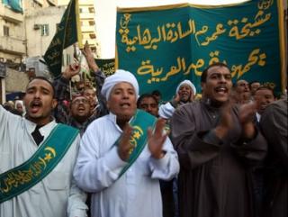 """Суфии празднуют """"мавлид"""" в каирском районе Аль-Азхар. Фото """"Аль-Джазира""""."""