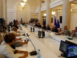 Медведеву вручили доклад об убийстве Эстемировой