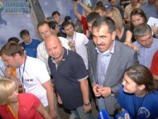 Евкуров приехал на день Ингушетии в лагере «Машук-2011»