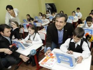 В школах Грузии окончательно вырезают русский язык