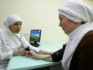 Врачей обяжут ценить религиозные традиции пациентов