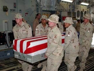 Снова афганский солдат расстрелял военных НАТО
