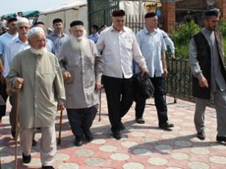 В Ингушетии открыли памятник известному религиозному деятелю