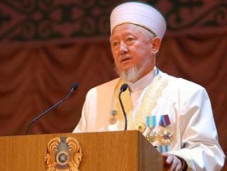 Муфтий Казахстана призвал бизнес снизить цены на продукты