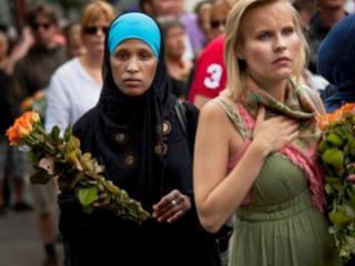 Мусульмане скорбят вместе с норвежцами