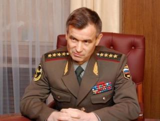 Глава МВД предложил бороться с экстремизмом вальсами