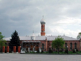 В мечети Назрани начато круглосуточное чтение Корана