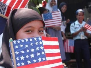Мусульмане США не доверяют полиции, армии и внешней политике