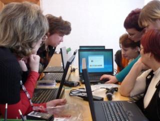 10 тысяч столичных учителей получат ноутбуки