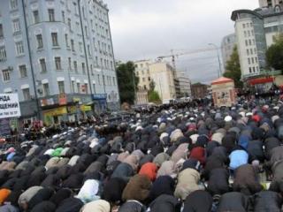 В Москве будут выделены дополнительные места для намаза