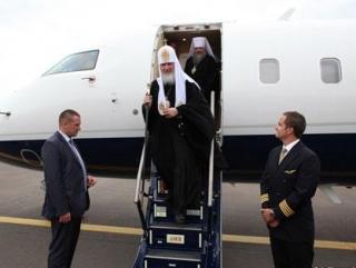 Патриарх призвал не отождествлять РПЦ с бизнес-корпорацией