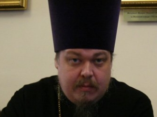 "РПЦ ввела новый термин – передача власти ""по дружбе"""
