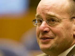Голландский суд может подчиниться шариату